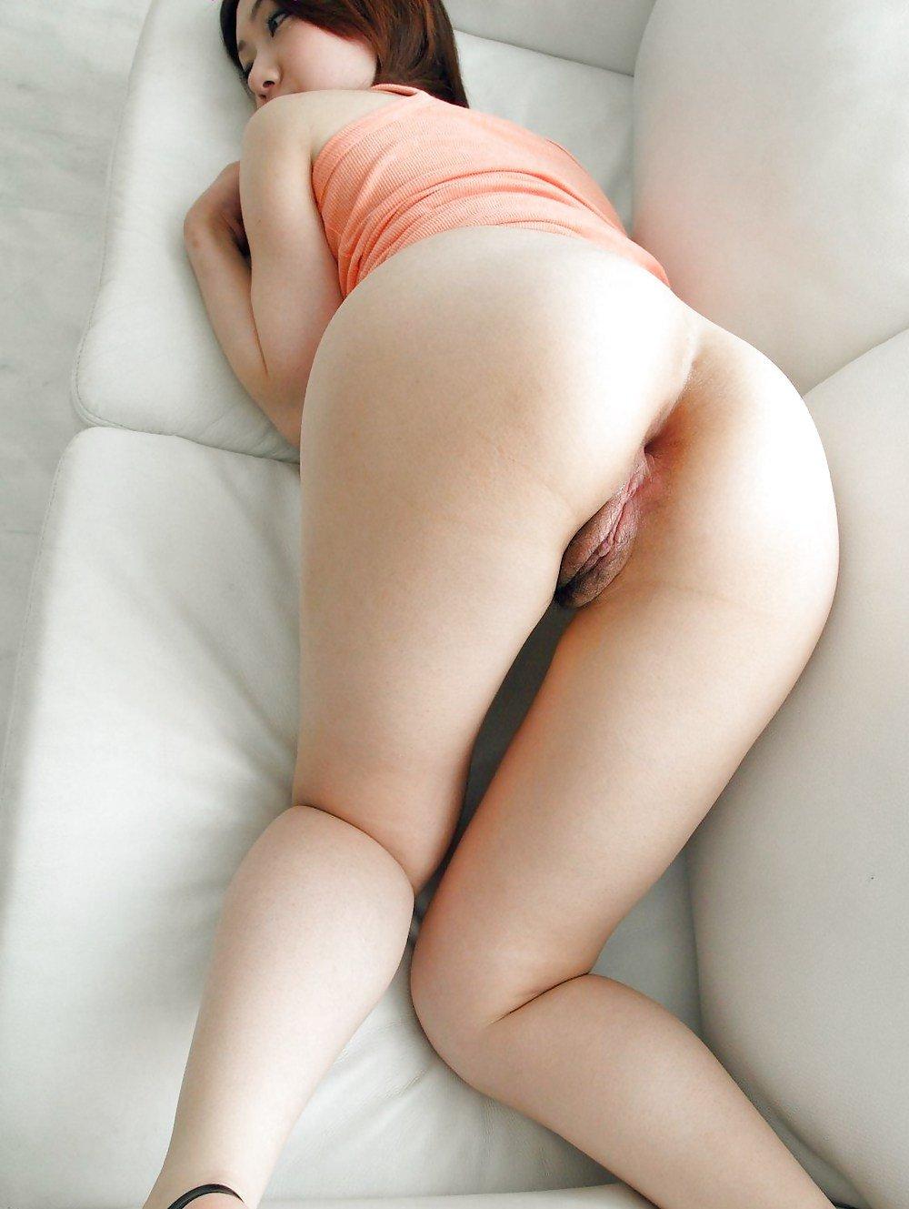 Nude Korean Ass